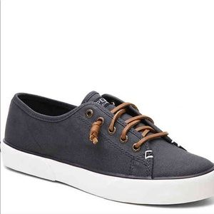 Sperry | Blue Sneakers with Brown Leather Laces